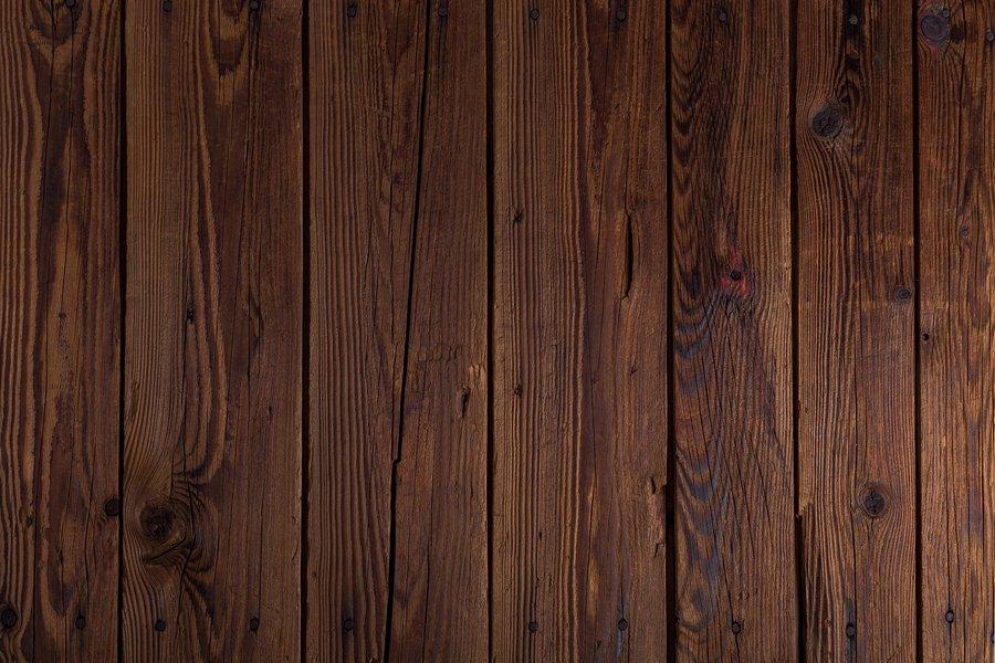 Image of oak wood, is oak a softwood?