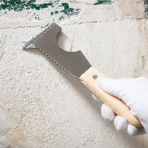 Image of a paint stripper, one way of How to Remove Paint From Wood Without Chemicals
