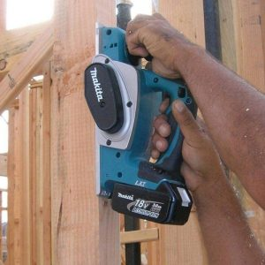 Image of the best cordless wood planer