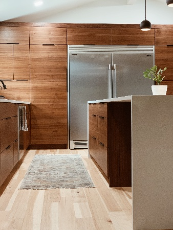 Image of kitchen Cabinets coated with the Best Clear Coat for Kitchen Cabinets