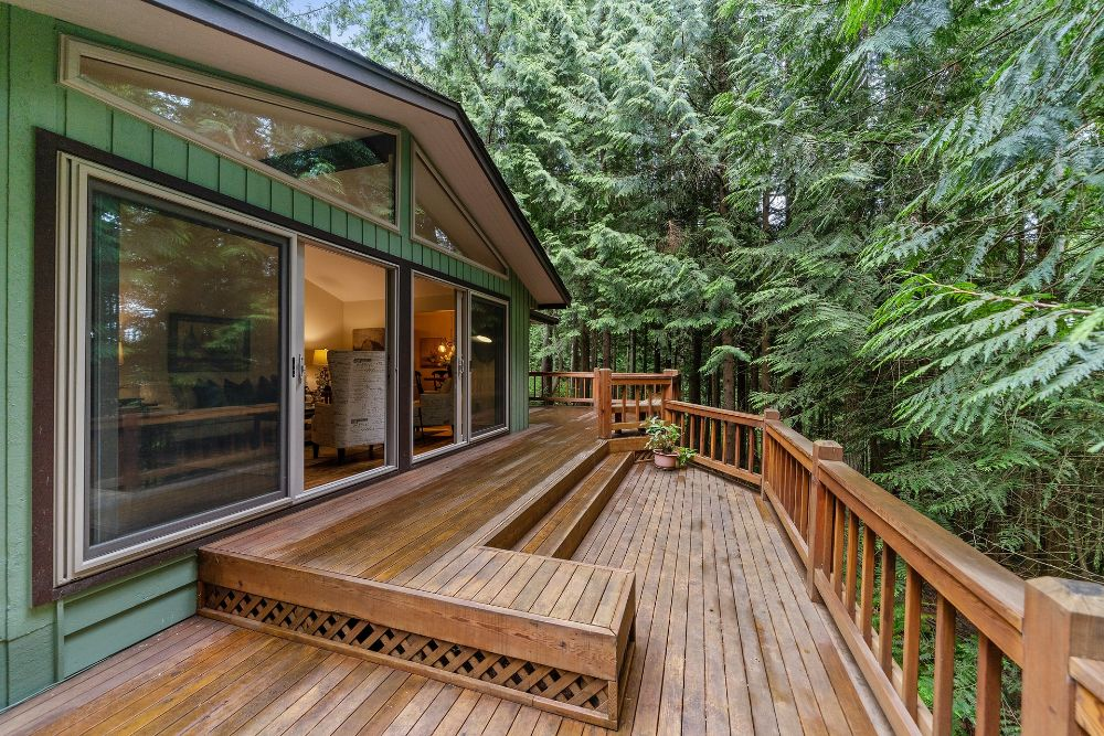 Image of a deck but what are the most important Deck Staining Tools?